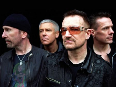 "U2 anuncia lyric video das faixas ""Stateless"" e ""Levitate"""