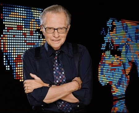 Morre Larry King, aos 87 anos